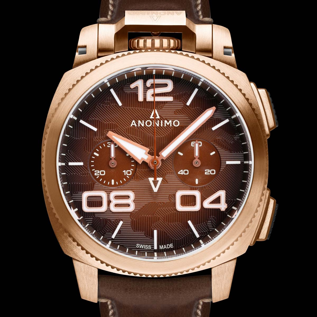 The Watch Quote: Photo - Anonimo: bronze in the spotlight for 20 years