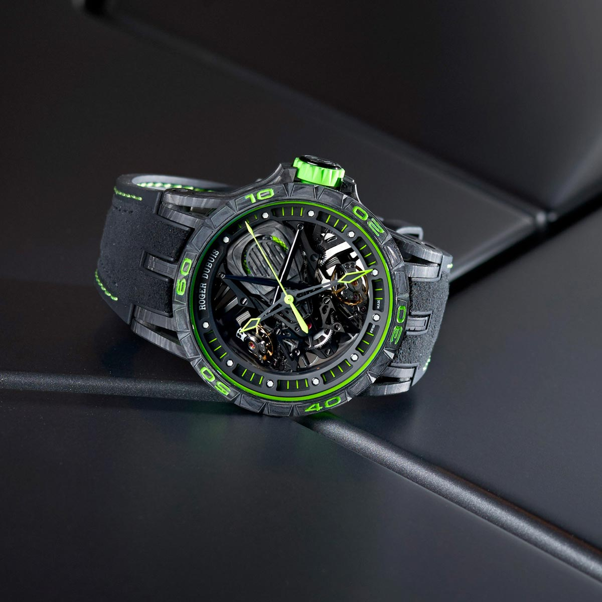 La Cote des Montres : Photo - Roger Dubuis Excalibur Aventador S Green
