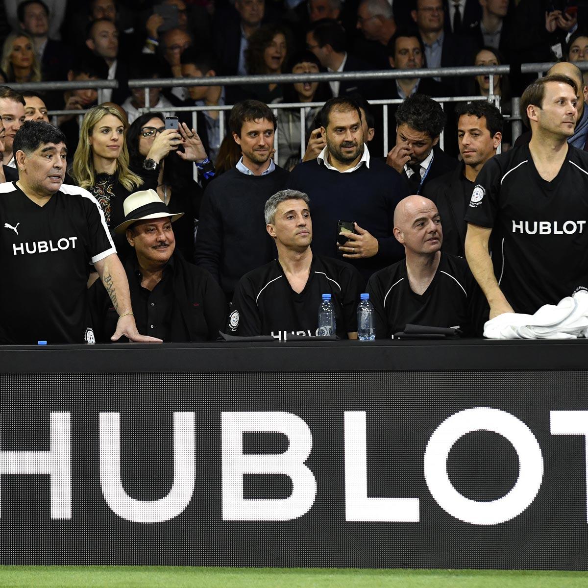 La Cote des Montres : Photo - Usain Bolt, Diego Maradona et José Mourinho se réunissent pour un match de l'amitié
