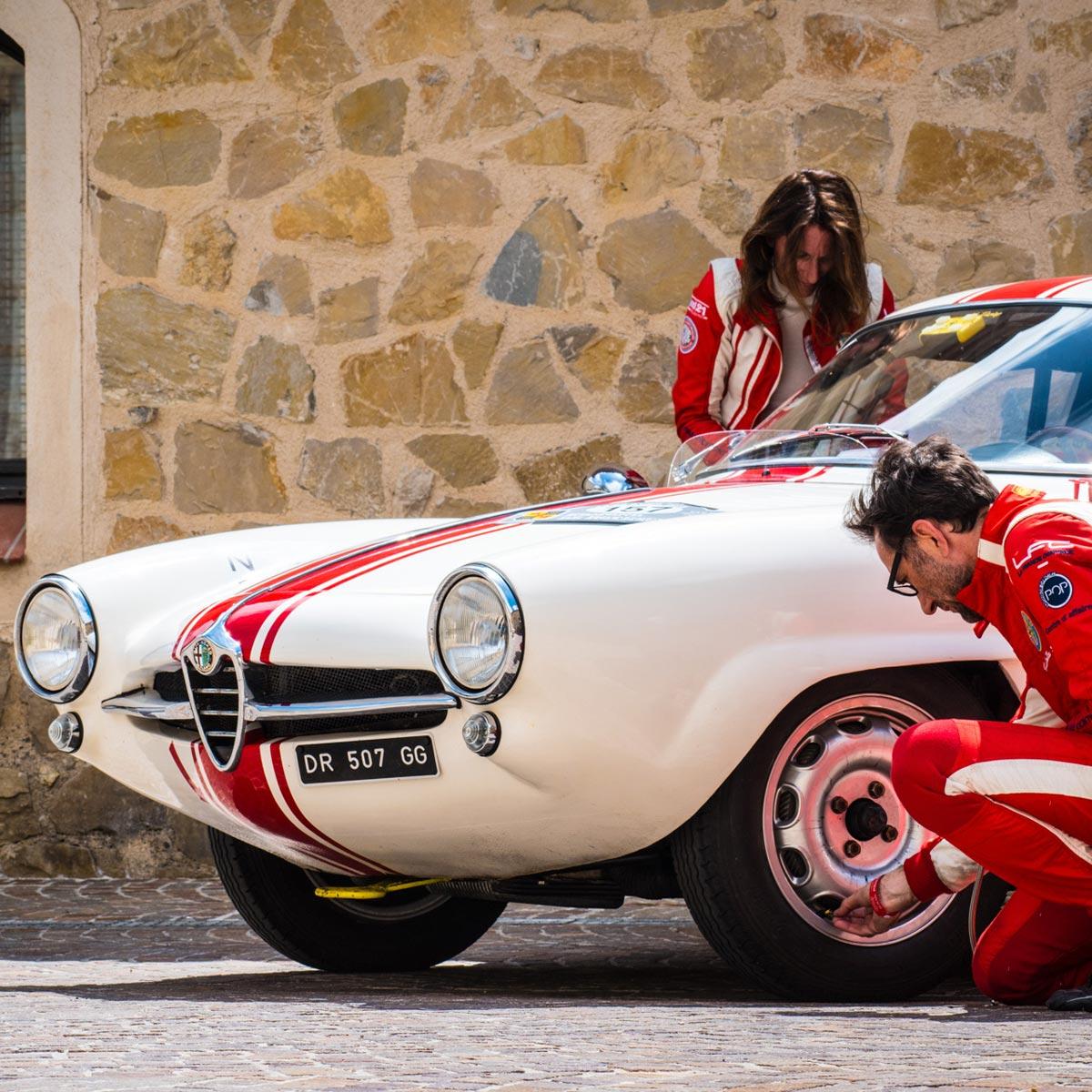 La Cote des Montres : Photo - Zenith Tour Auto Optic 2ooo - Samedi 28 avril : Aix-en-Provence – Nice