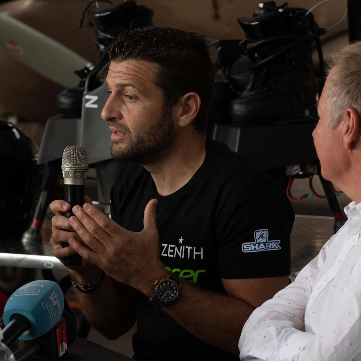 La Cote des Montres : Photo - ZENITH accueille le pionnier volant Franky Zapata