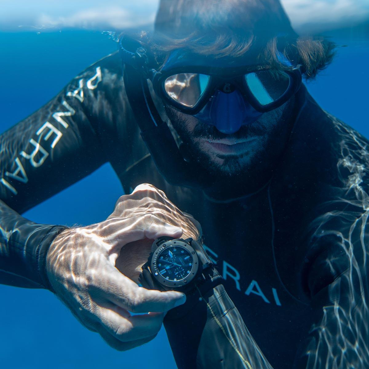 La Cote des Montres : Photo - Guillaume Néry, ambassadeur Panerai, et 15 héros en Polynésie Française