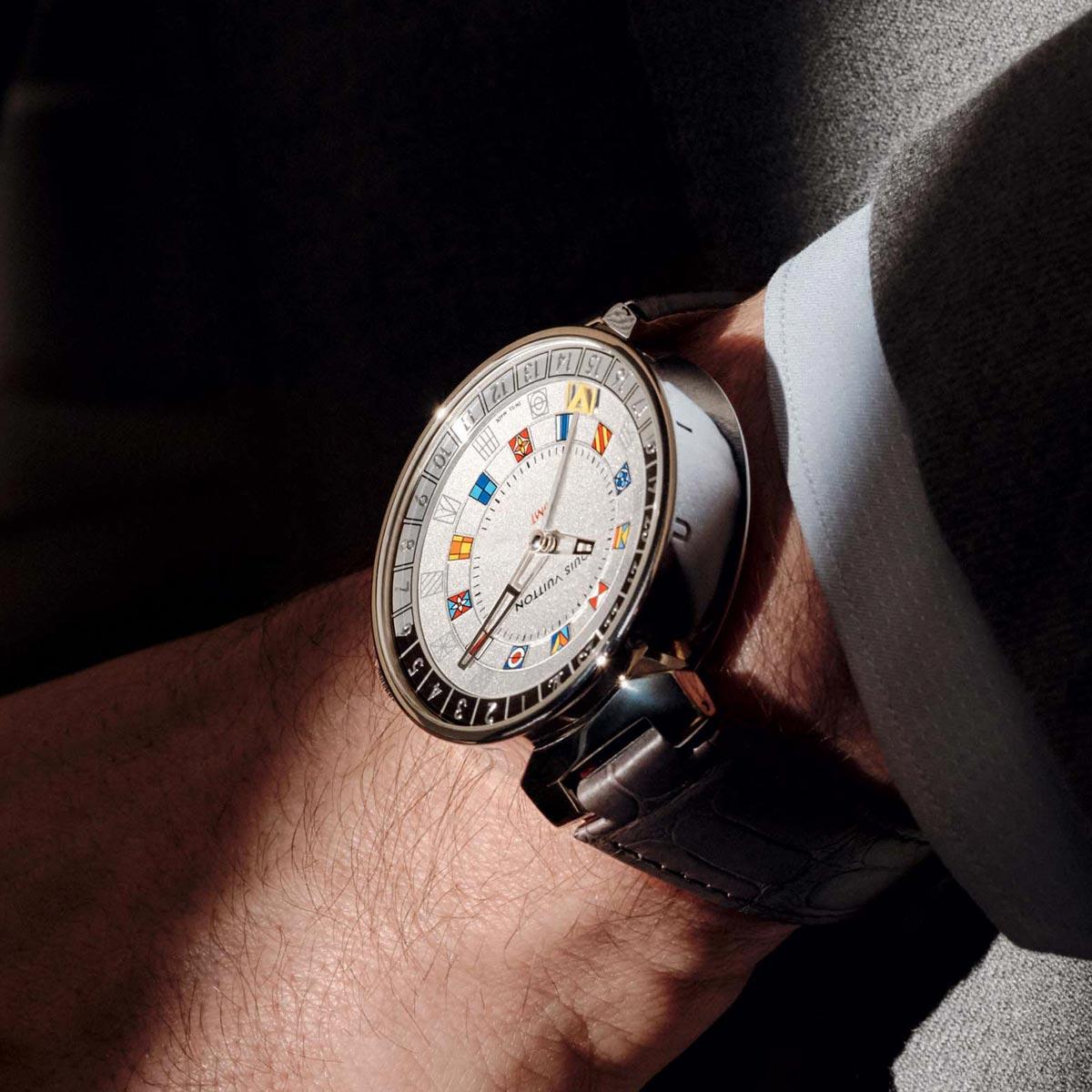 La Cote des Montres : Photo - Louis Vuitton Tambour Moon Dual Time