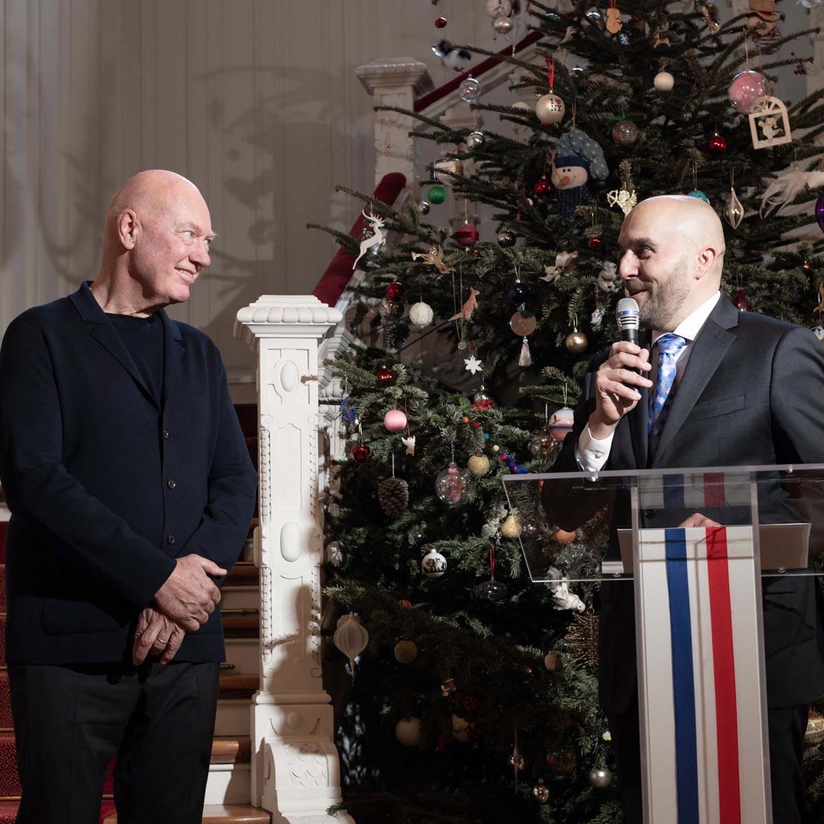 La Cote des Montres : Photo - Jean-Claude Biver est décoré de la Légion d'honneur
