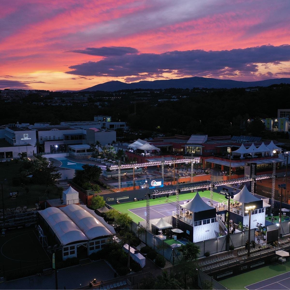 La Cote des Montres : Photo - Zenith célèbre l'Ultimate Tennis Showdown avec Patrick Mouratoglou