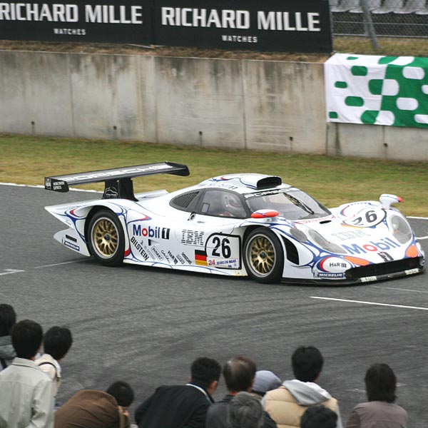 The Watch Quote: Photo - A winning hand for Richard Mille
