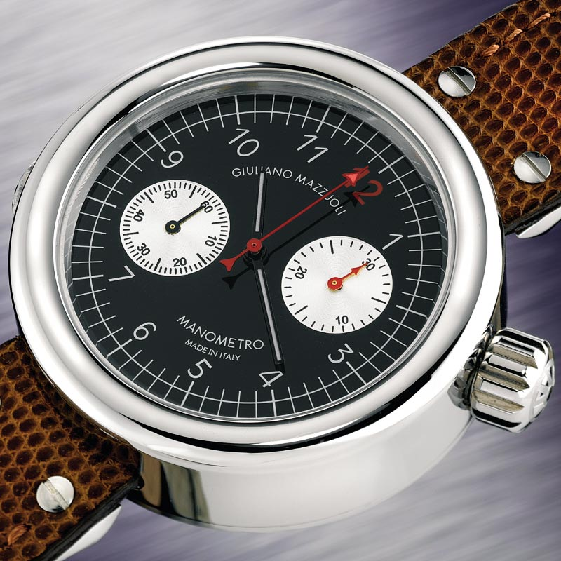La Cote des Montres : Photo - Giuliano Mazzuoli Manometro Chronograph