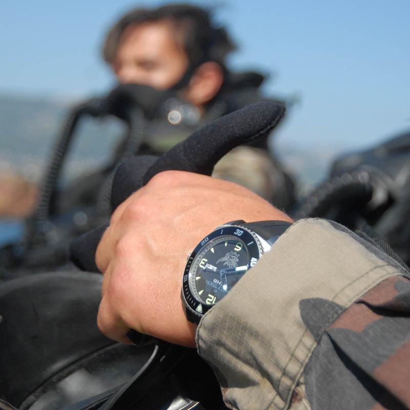 La Cote des Montres : Photo - Le Partenariat Commando Hubert / Ralf Tech