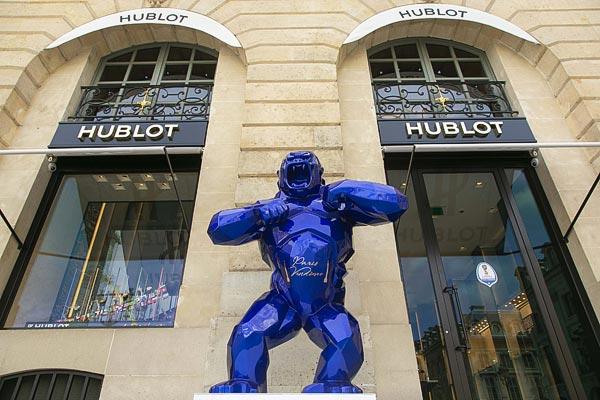 Hublot marque de son empreinte la mythique Place Vendôme